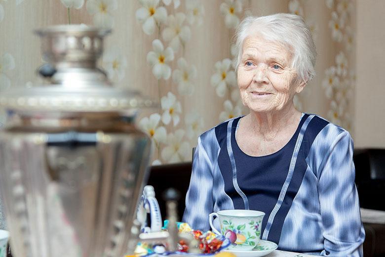 Уход за престарелыми на дому в подольске социальная адаптация пожилых людей в домах престарелых