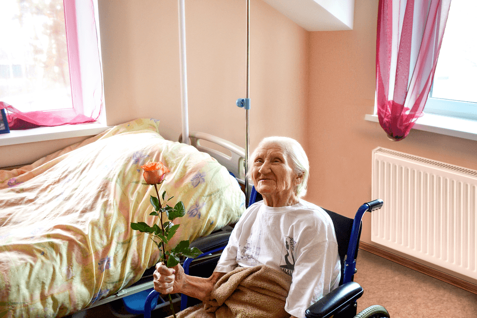 уход в доме престарелых в Луховицах