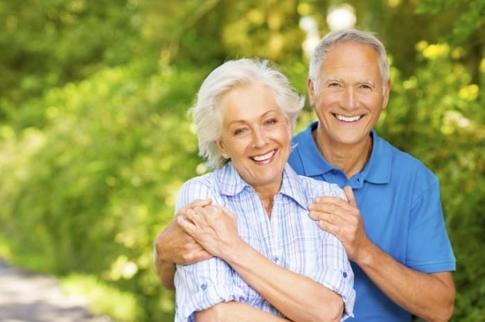 отношения пожилых